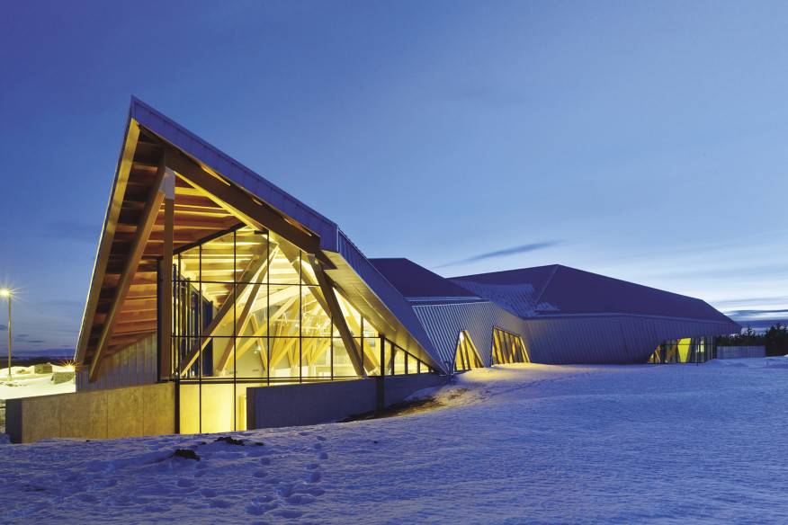 philip j. currie dinosaur museum in wembley, alberta by teeple architects. photo by tom arban.