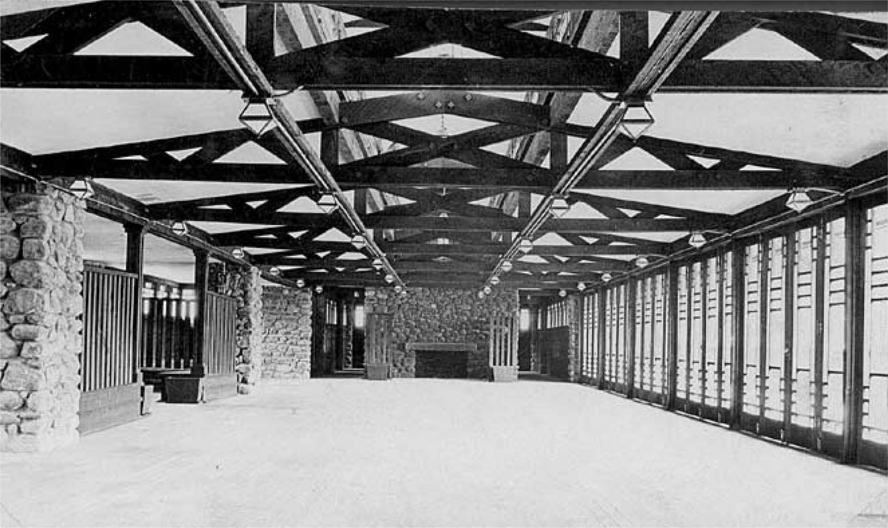 Interior of Frank Lloyd Wright's Banff Park Pavilion. Courtesy of Frank Lloyd Wright Revival Initiative.