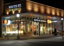 The award-winning South St. Burger Co. Shops at Don Mills location was designed by Jump Branding & Design Inc.
