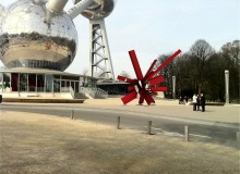 """Arik Levy RockGrowth simulation. Says Levy, """"The designated location is right under the Atomium edifice. It's a superb location for a coloured piece that will reflect in the Atomium spheres again and again"""""""