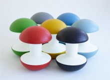 SHORT-TERM GOAL Created by legendary designer Don Chadwick, Ballo is a multipurpose stool for short-term, active sitting