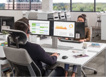 The Gesture headrest is the first headrest that supports a greater range of technologies, postures and sizes. It is especially supportive in applications with external monitors and supports users by allowing them to recline and work while keeping the head and neck centered over the spine.