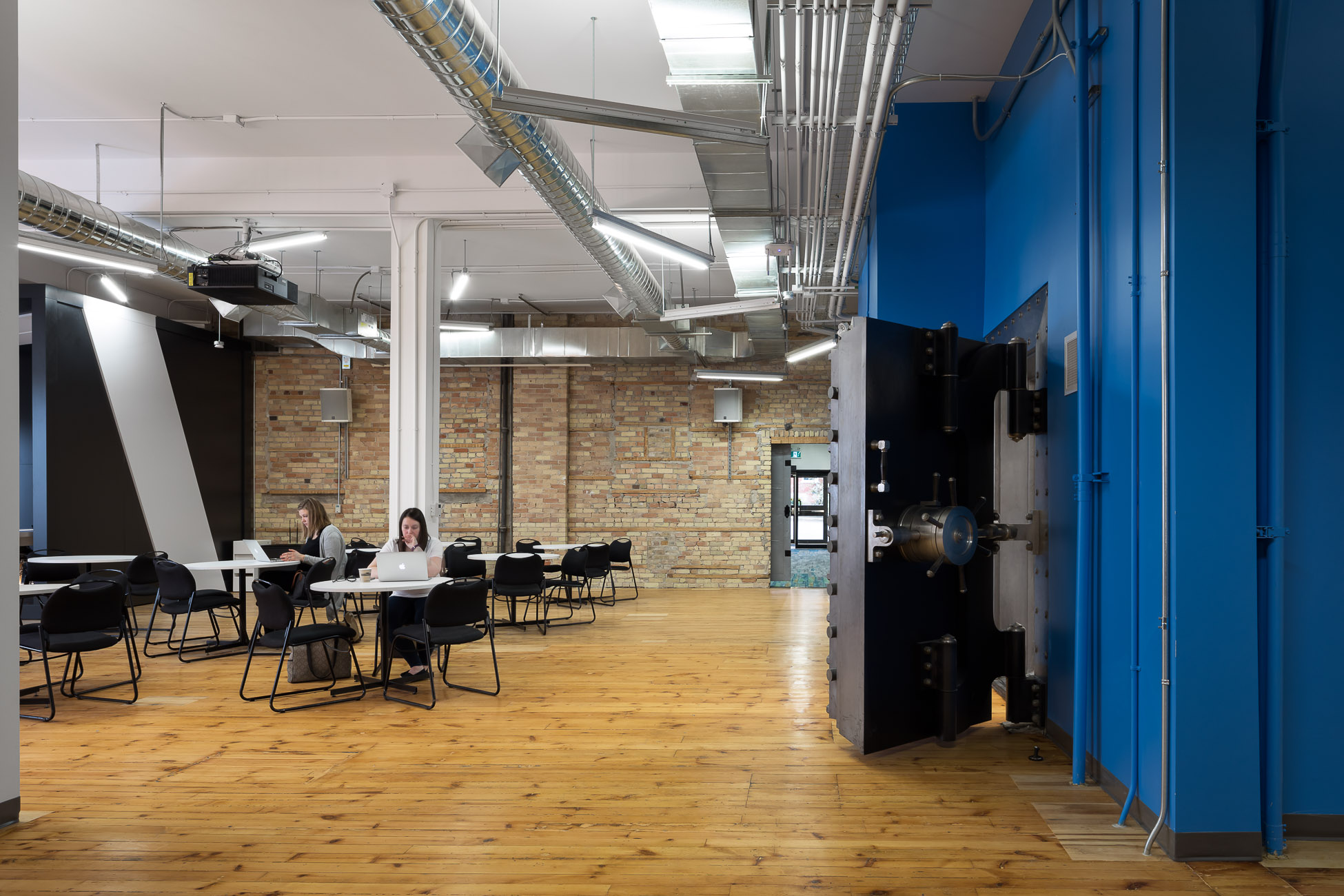 Gensler, Waterloo University, RAW Architects