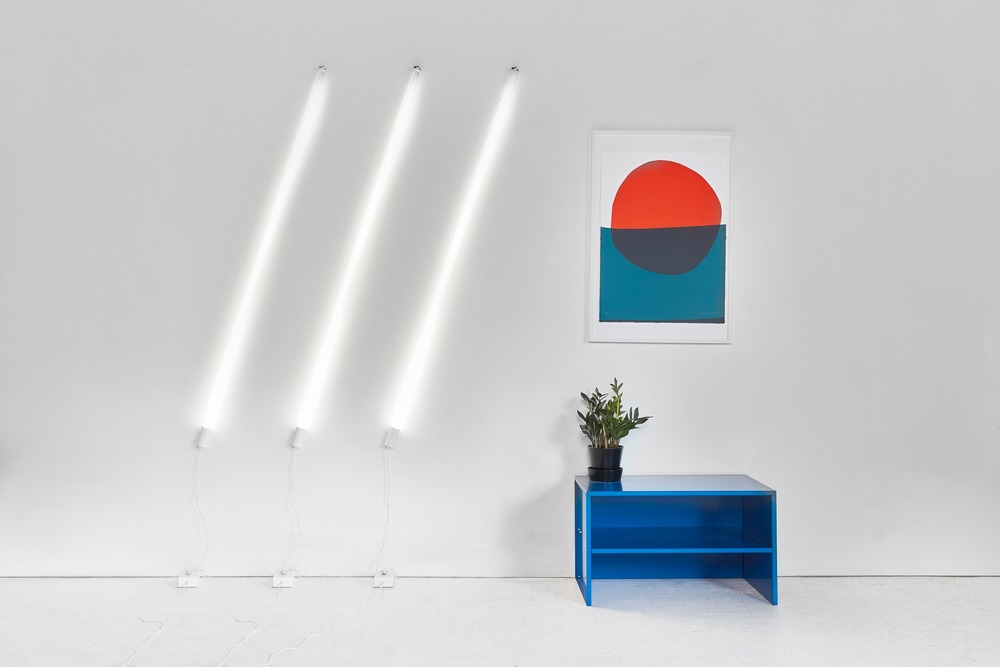 Castor Design, Induction Wall Light