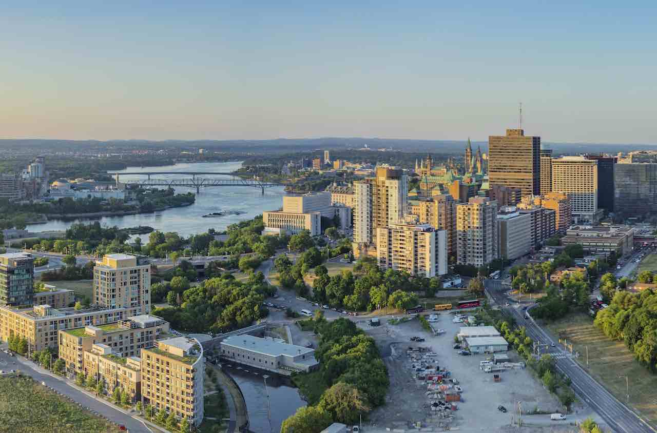 Aerial view of LeBreton Flats site (right foreground) for the library and archives. Photo by Norm Li.