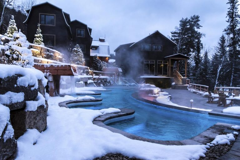 Infinity hot tub at Scandinave Spa Mont-Tremblant
