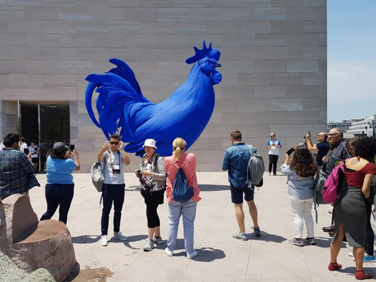 The big blue rooster, Hahn/Cock (2013) by Katharina Fritsch, on the Roof Terrace of D.C.'s National Gallery of Art.