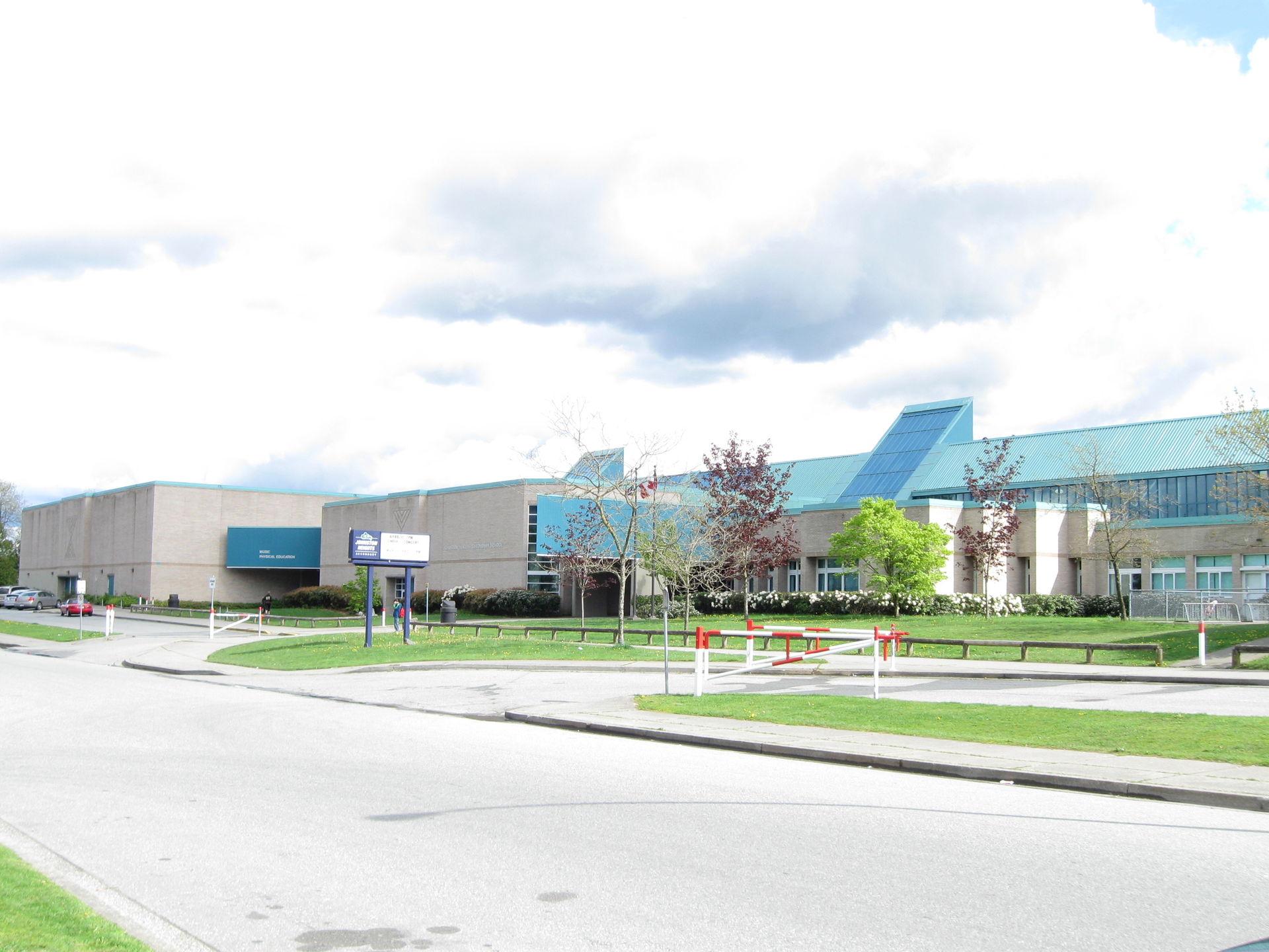 Johnston Heights Secondary School