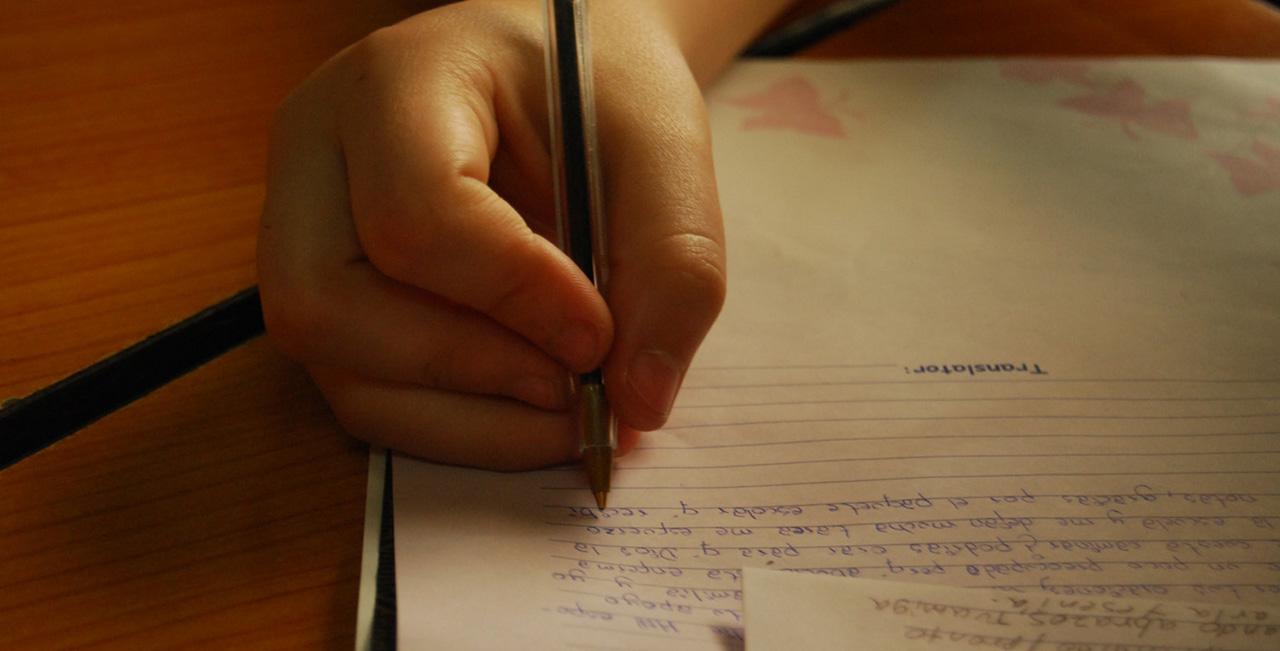 Resultado de imagen de writing letter