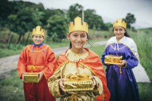 Three children dressed as the three wisemen