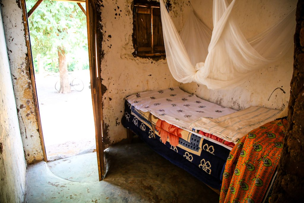 A picture of their old home, with one matress
