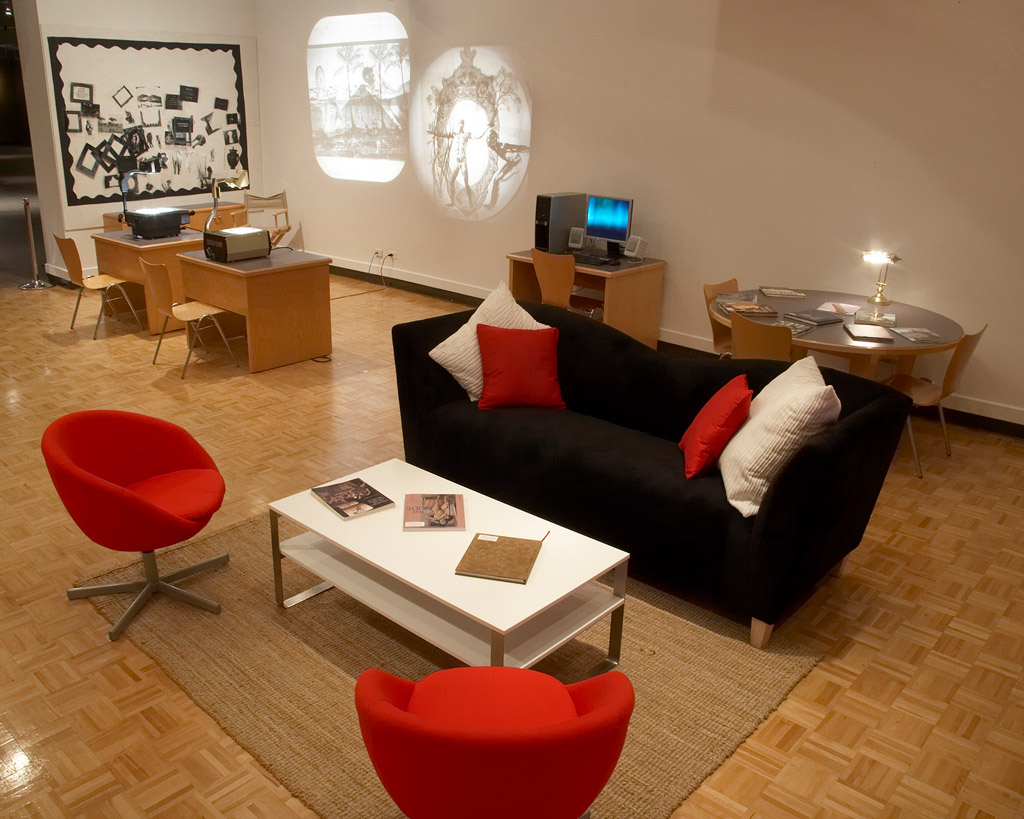 Interior of Discovery Room