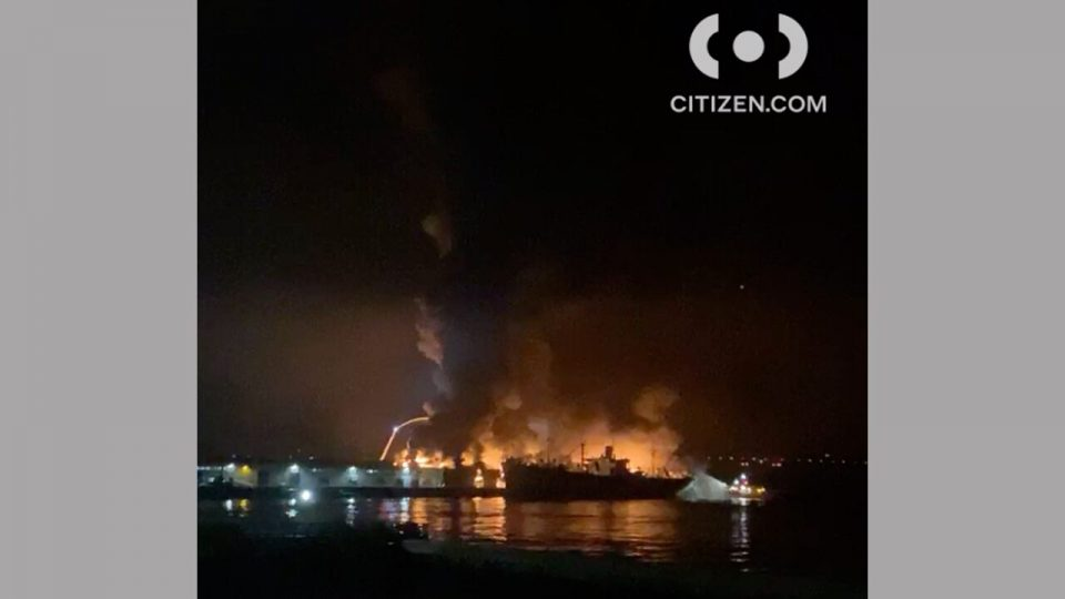 San Francisco firefighters battle large warehouse fire near Fisherman's Wharf