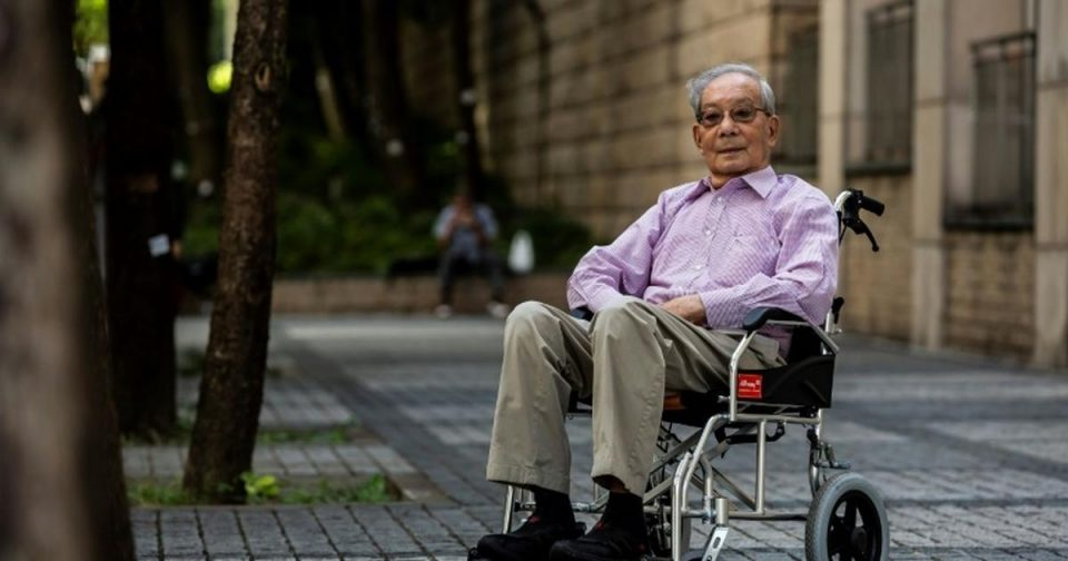 Hong Kong leftist jailed by Britain now fears Beijing's law [ARTICLE]