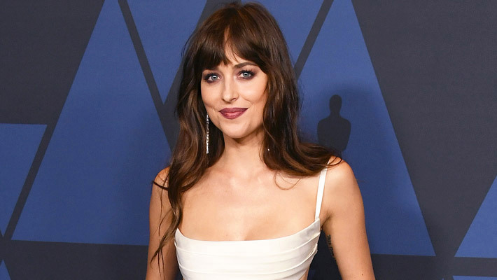 People Believe Dakota Johnson Quietly Came Out As Bisexual To 'Vogue'