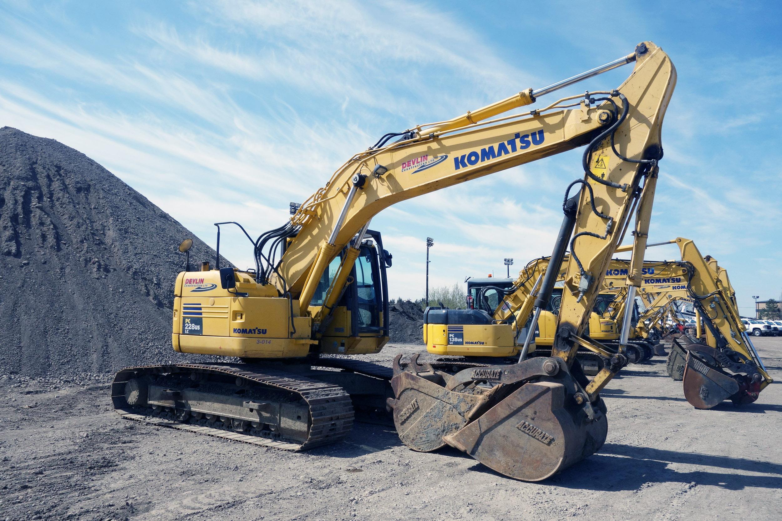 2010 Komatsu PC228USLC-8 Hydraulic Excavator