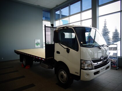 Hino 195/149, 16ft. flat deck, 6 cargo winches