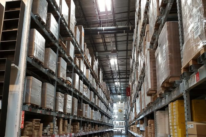 By the Numbers: Key Statistics for Warehouses