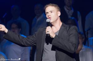 Jean-Sébastien Lavoie, chanteur et animateur de la soirée
