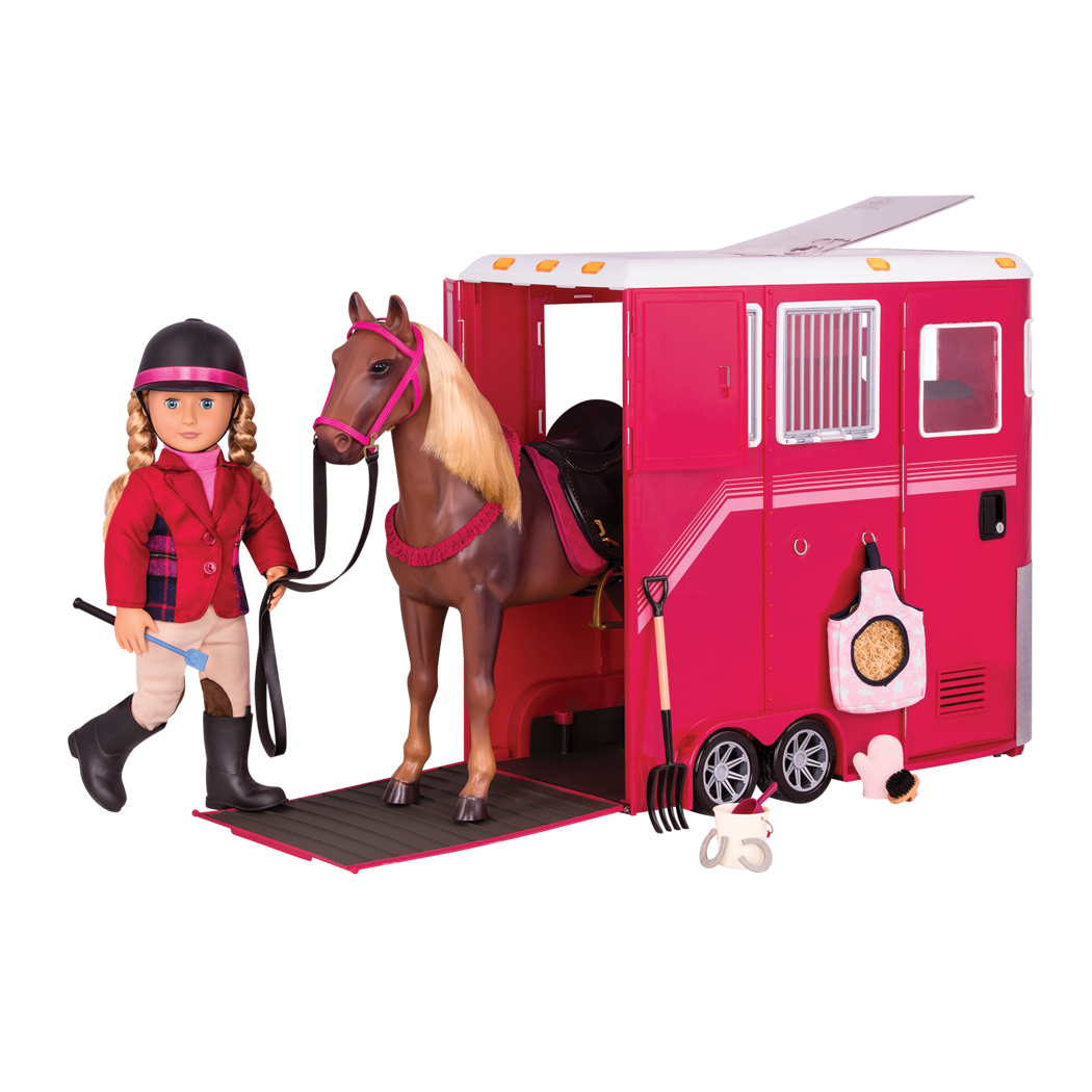 Lily Anna Horse Trailer