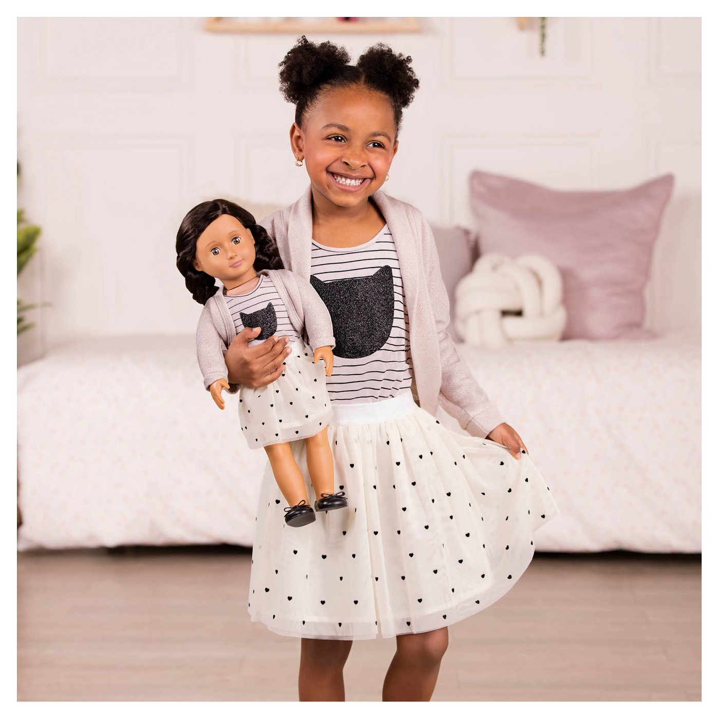 Mesh Skirt Outfit with girl and Blanca doll