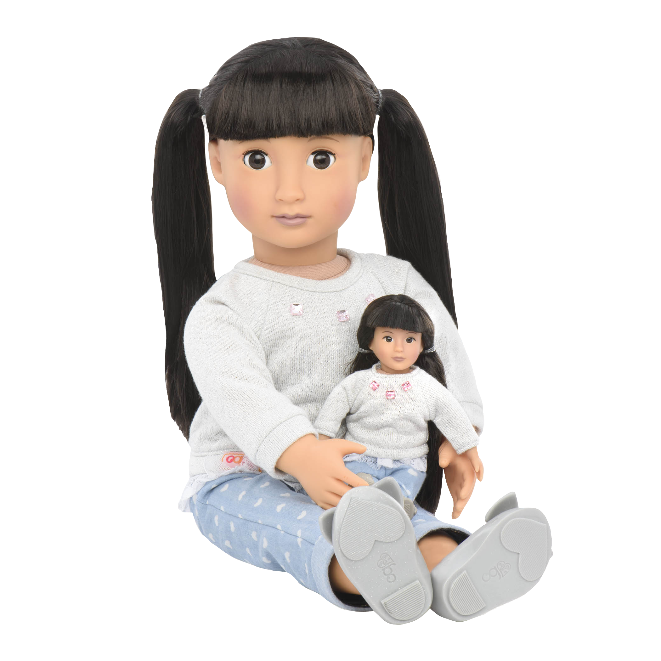 BD33019 Mini May Lee doll with full sized doll