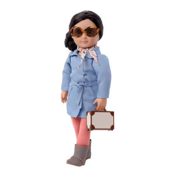 Business Class-Talita wearing outfit