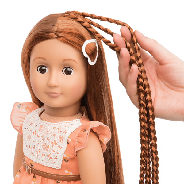 BD31071 Patrice Hairplay Doll hair extension detail
