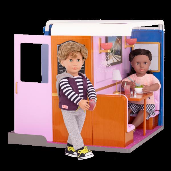 OG Express Train Cabin with Rashida and Rafael
