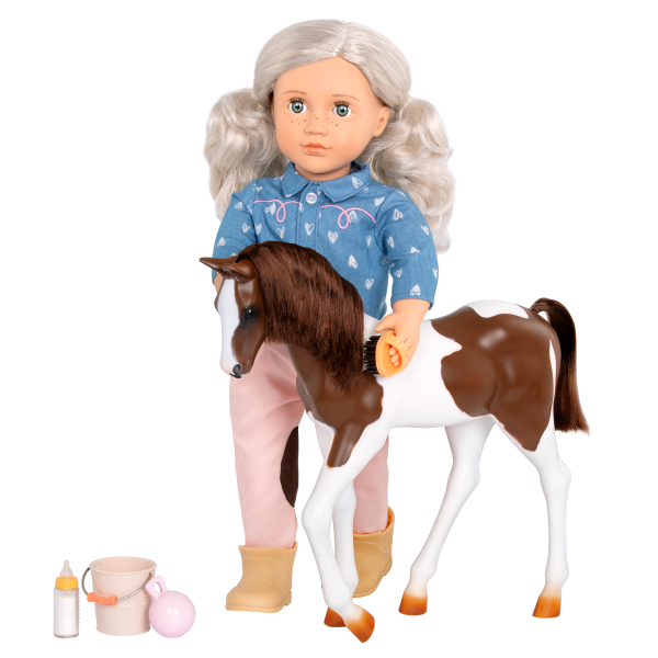 18-inch Equestrian Doll Yanira & Horse Foal Grooming Accessories