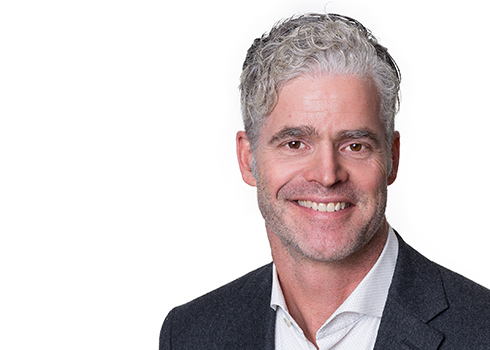 Alex Roberton, Directeur