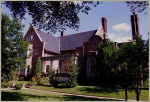 Mooredale-House