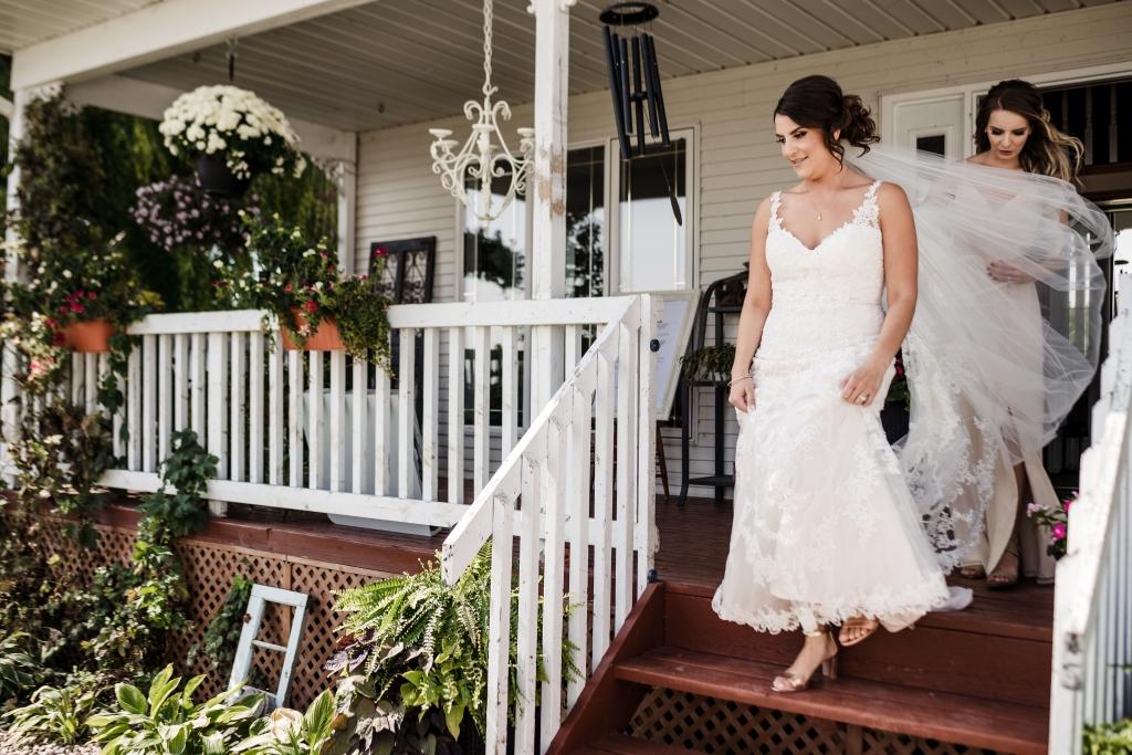 gorgeous backyard wedding