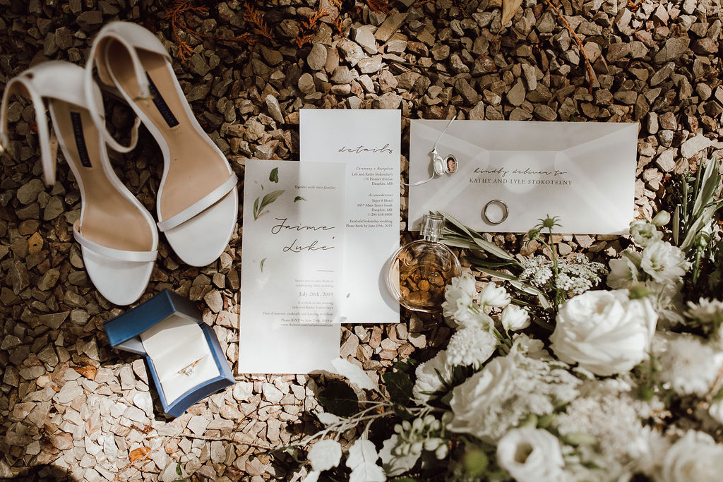 What to pack in your wedding overnight bag