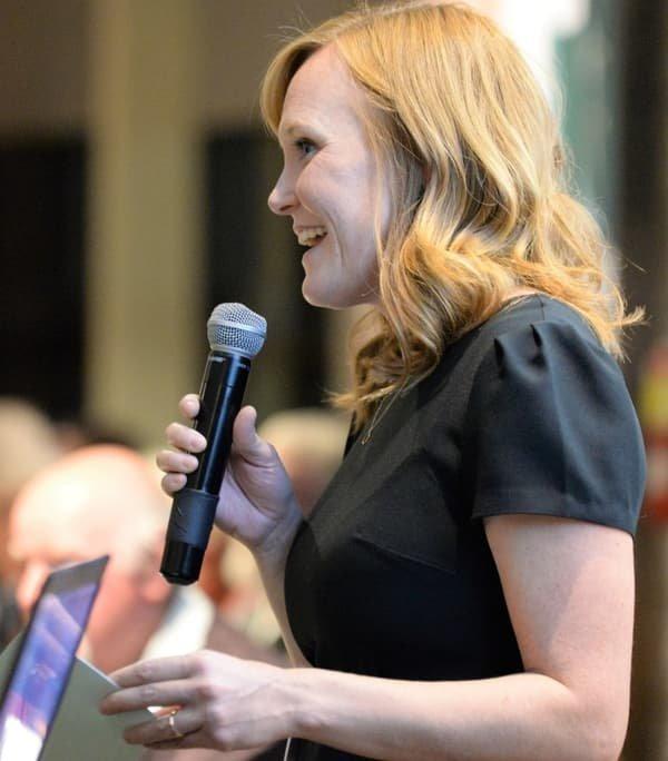 2018 MDSF fundraising dinner: OCISO Board President, Jessie Thomson, giving speech