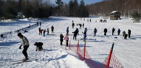 Friends of Family ski/snowshoe day for newcomers #1