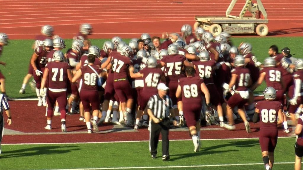 UW-La Crosse forces seven turnovers, takes down #14 Illinois Wesleyan in double OT