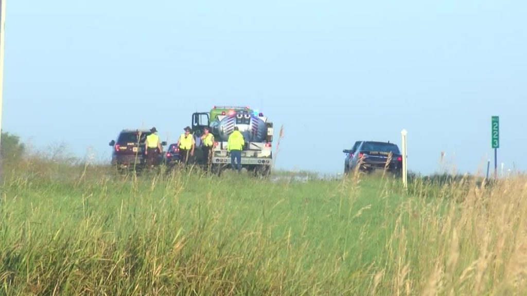 Wisconsin family enroute to funeral among 6 killed in crash