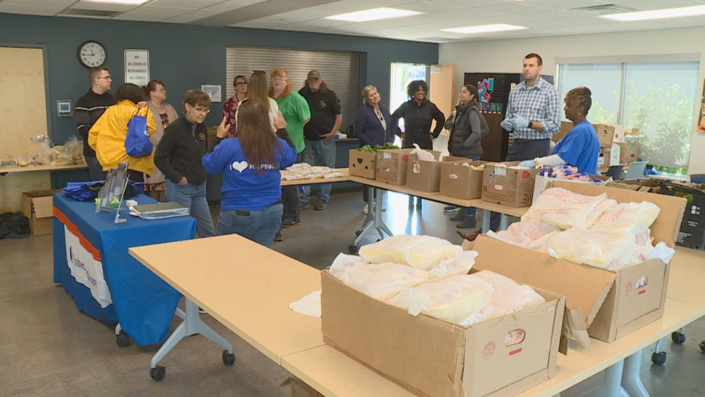 """""""Dinners On US"""" Program helps families dealing with food insecurities"""