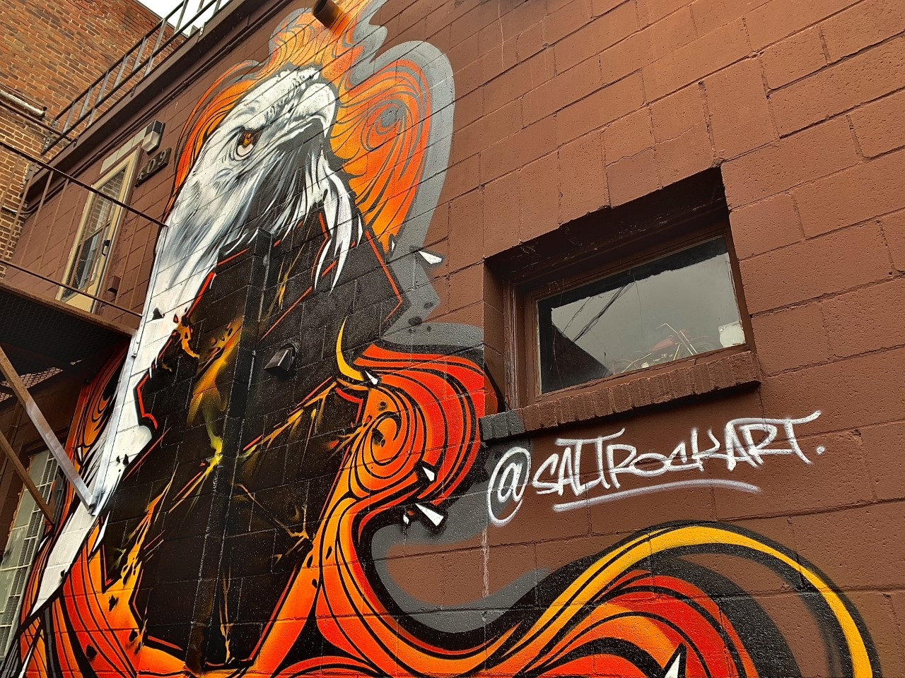 New mural from Wisconsin artist spotted in Eau Claire