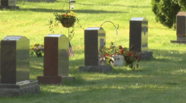Cremation rates on the rise, forcing cemeteries and funeral homes to adapt