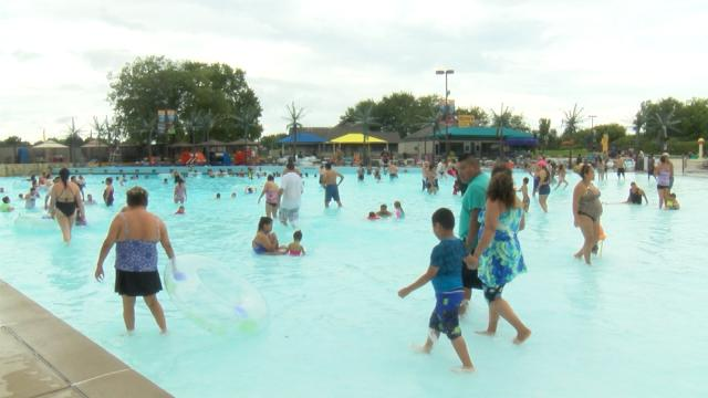 Six Flags receives final approval to operate Magic Waters - WREX