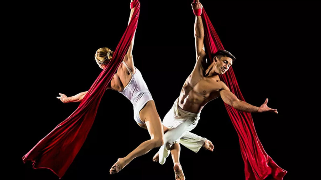 Conlcuded: Cirque de la Symphonie Ticket Giveaway