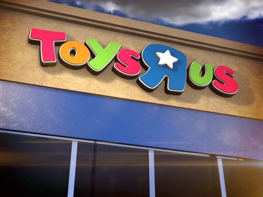 Toys 'R' Us to open new stores ahead of the holidays