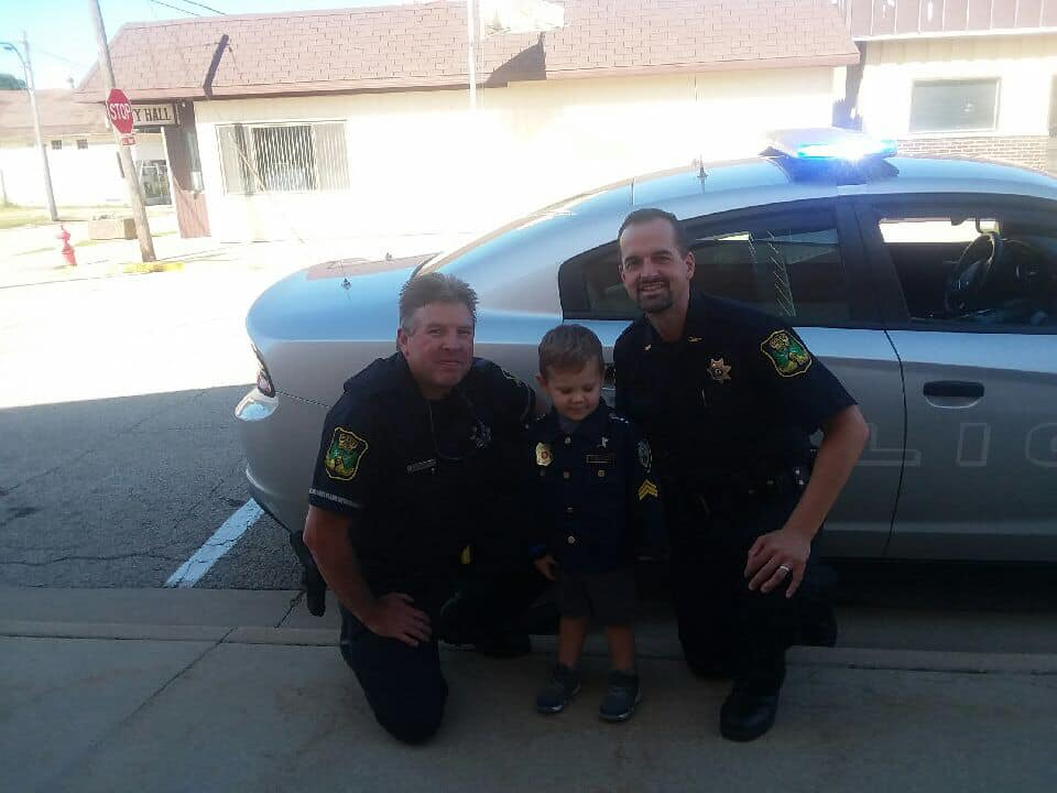 Polo Police Department welcome little boy who admires them