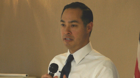 Julian Castro rallies support in Keokuk