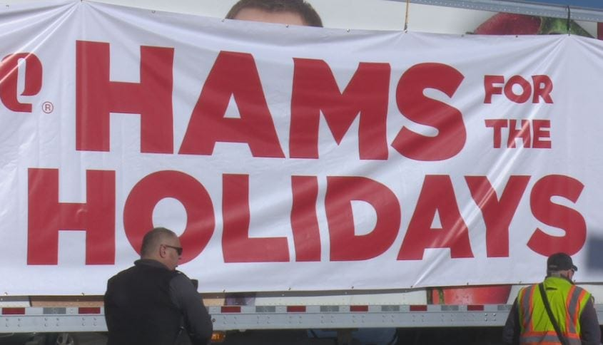 Hy-Vee gives out hundreds of 'Hams for the Holidays'