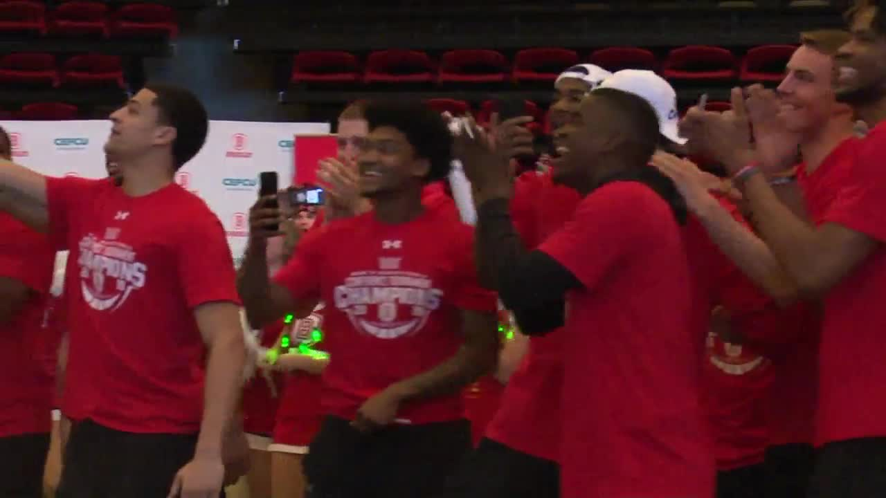 Bradley Braves celebrate Selection Sunday; will play Michigan State in March Madness Tournament