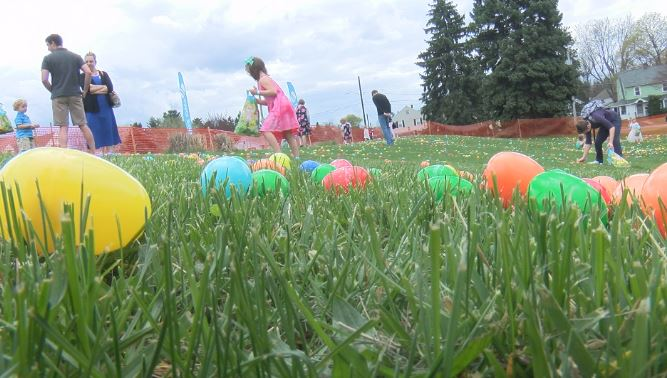 Children hunt for 20,000 Easter eggs at Two Rivers Church