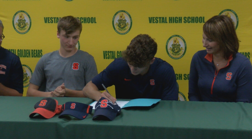 J.T. Stirpe signs NLI to Syracuse